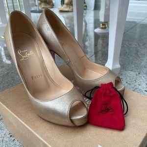 Christian Louboutin Very Prive Gold Peep Toe Heels